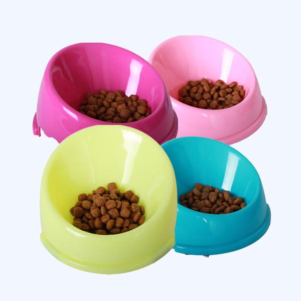 강아지 고양이 넘침방지식기 M (색상랜덤)